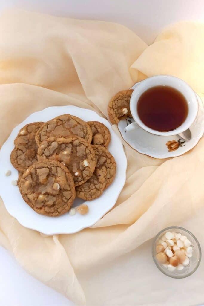 White Chocolate Chip Macadamia Nut Cookies