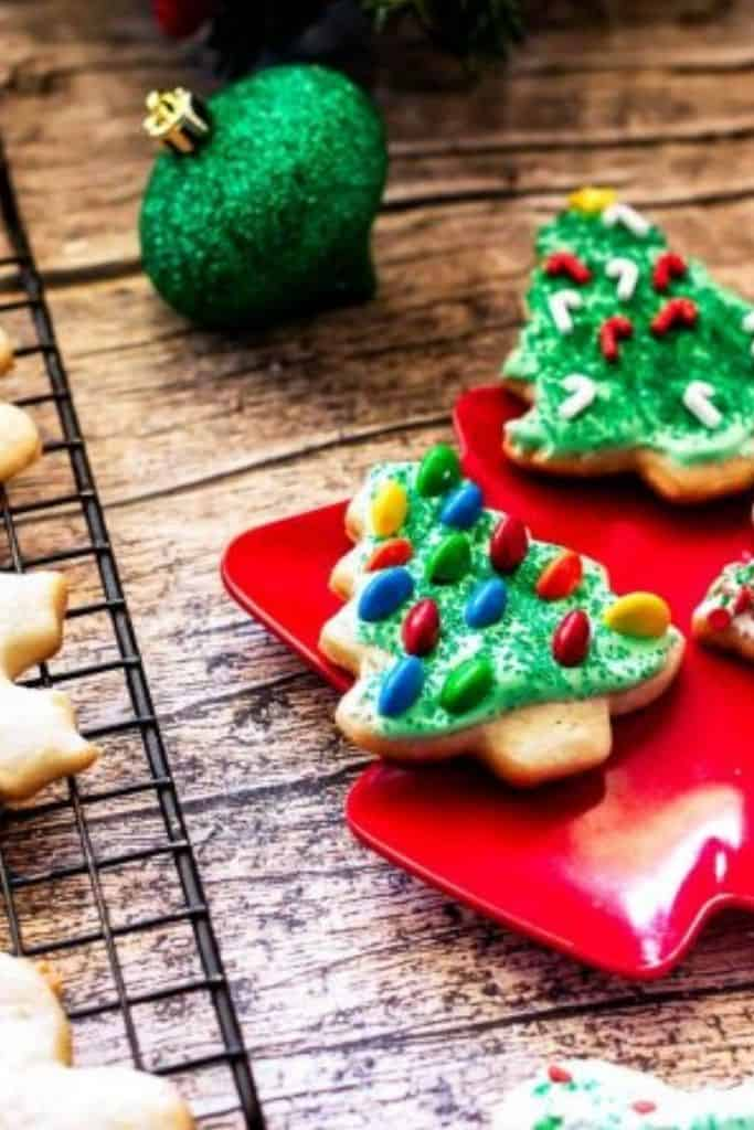 PERFECT SOFT CHRISTMAS SUGAR COOKIES RECIPE - Sweet Tea and Thyme